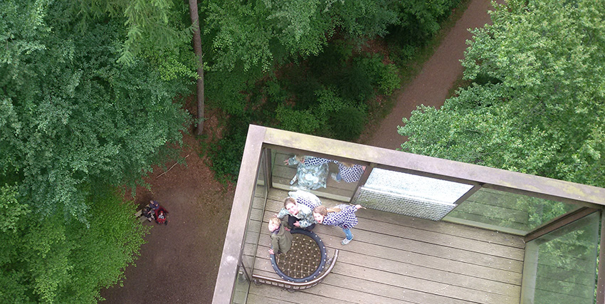 uitkijktoren-bovennaarbeneden-bostoren-putten-schovenhorst